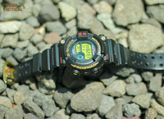 G-Shock-DW-8201NT-1JR-4