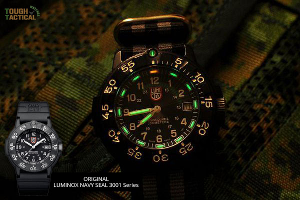 Luminox-3001-original-night-shot