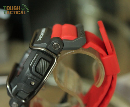 Red G-Shock GD-400-4_14