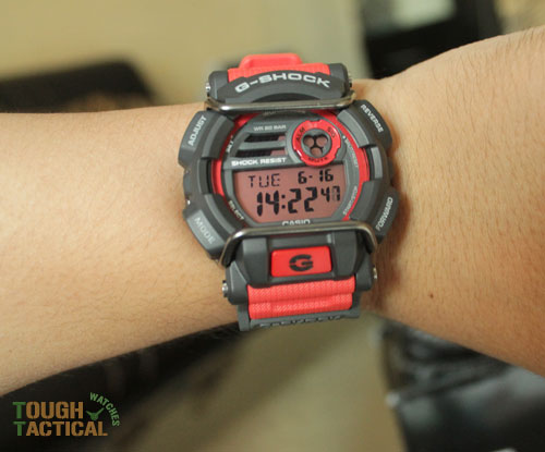 Red G-Shock GD-400-4_4