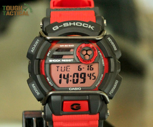 Red G-Shock GD-400-4_5